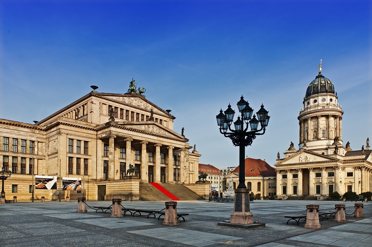 GLINT - Gendarmenmarkt - Berlin from its best angle